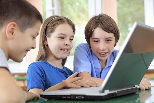 Как социальные сети влияют на детей?