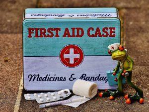 Комаровский: какие лекарства должны быть в детской аптечке