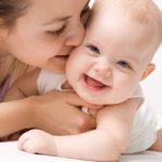 Как купать новорожденного в первый раз?