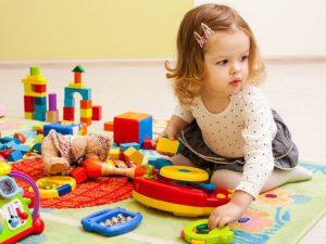 Какие игрушки лучше купить ребенку