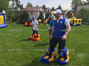 Подвижные игры с деревянными игрушками и их польза для малышей