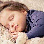 10 способов научить ребенка доброте