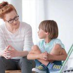 5 действующих на нервы фраз, которые говорят молодым мамочкам