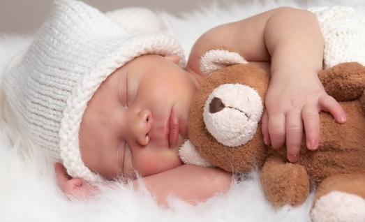 Как выбрать идеальную кровать для своего малыша?