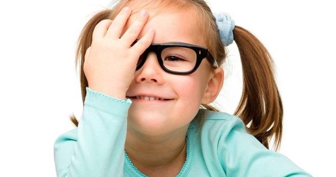 Амблиопия у детей – что это такое, и как избавиться от синдрома ленивого глаза?
