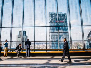 Высоко сидим, далеко глядим: как работается в офисах в небоскребах