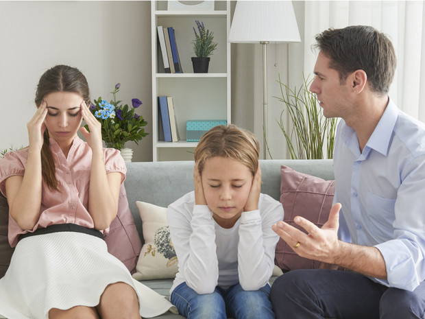 Плохое наследство: 8 признаков, что вы росли в токсичной семье