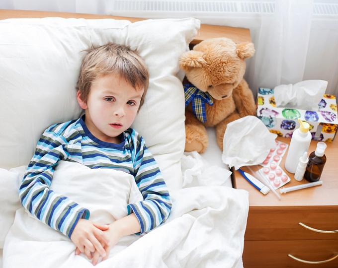 Что мы должны знать о безопасности цефтриаксона у детей?