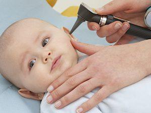 Отит у детей: симптомы, причины, лечение