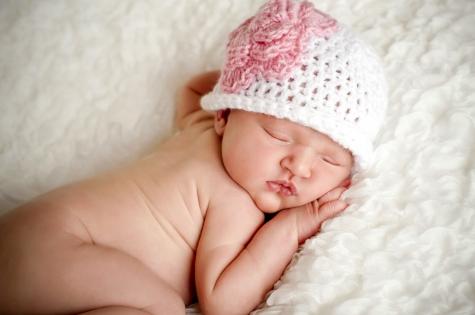 Интимная гигиена малыша: как правильно подмывать девочку