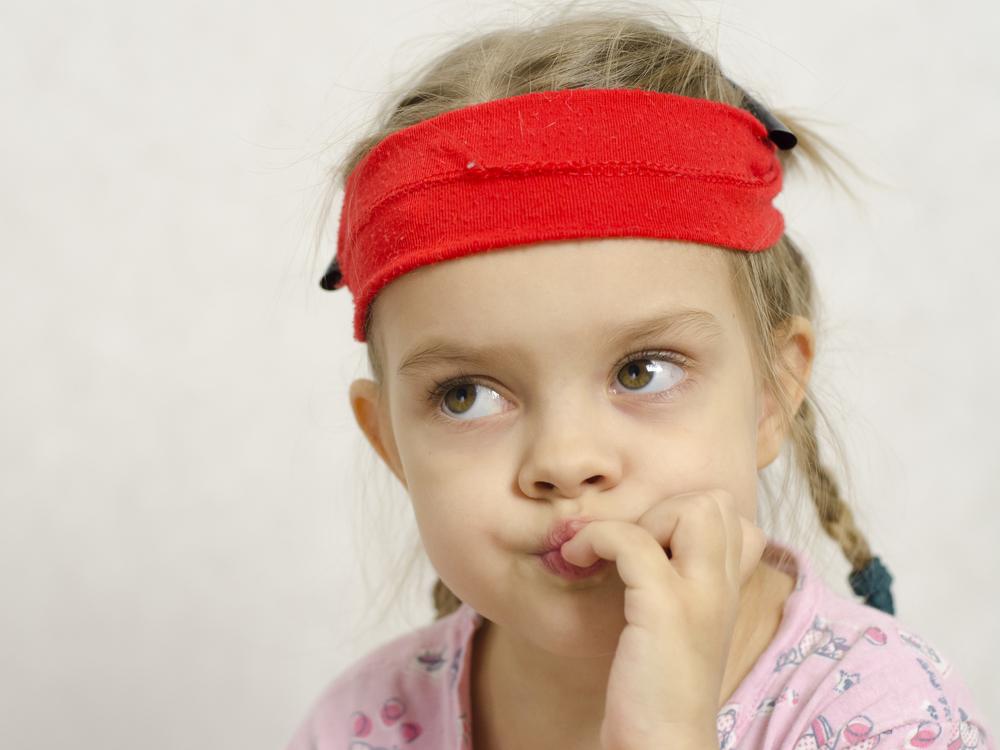 Избавляем ребенка от привычки грызть ногти