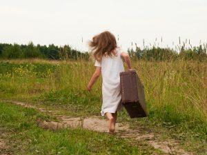 Что делать, если ребенок убежал из дома?