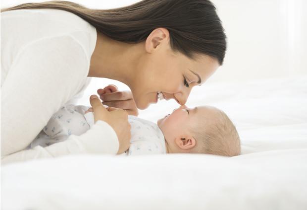 Может ли ребенок спать с родителями?