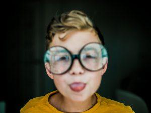 Близорукость у детей — что предпринять?