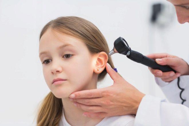 Дети с нарушением слуха: особенности образования, слуховые аппараты и реабилитация